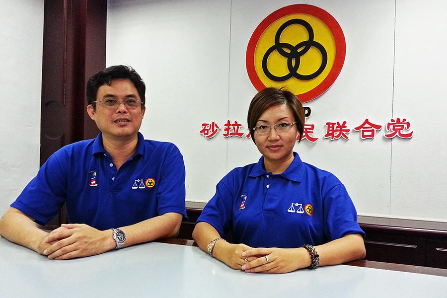 砂人联青总团长陈开和中央妇女组主席郑丽萍呼吁党员踊跃出席新春团拜。