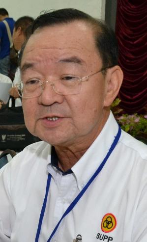砂人联党主席丹斯里陈华贵。