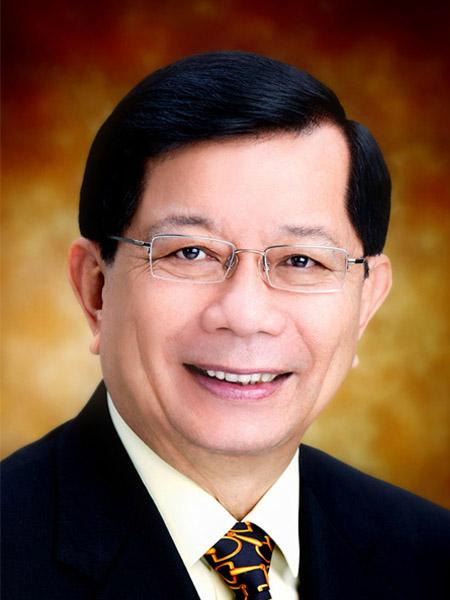 砂拉越人民联合党名誉主席丹斯里陈康南医生。