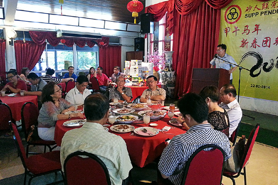 沈桂贤医生勉励众党员。