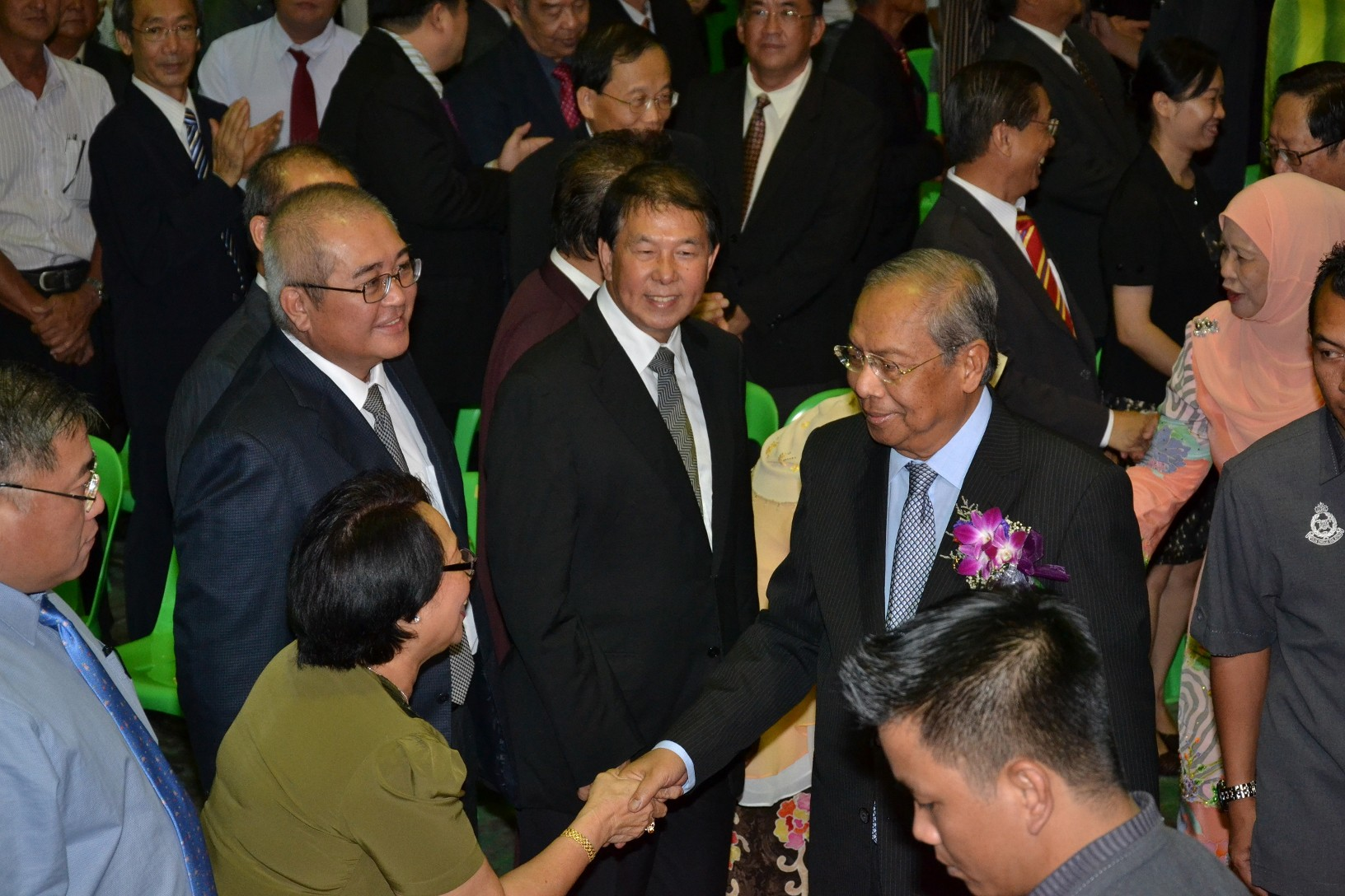 首长阿德南沙登莅临时获得人联党领袖迎接。