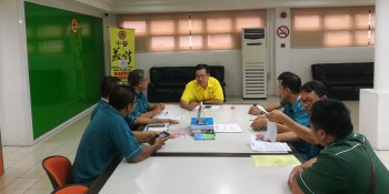 SUPP PCB Chief, Wilfred Yap in the meeting between management, student and lecturer of the local vocational learning institution